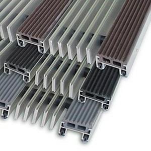 """Алюминиевые решетки с грязезащитными вставками """"Status"""" 20 мм (резина+скребок)"""